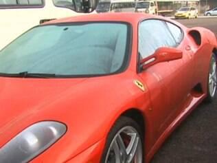 Hoje, a Ferrari possui placas de Sorocaba e está no nome de uma empresa paulista, de que o motorista diz ter adquirido o veículo