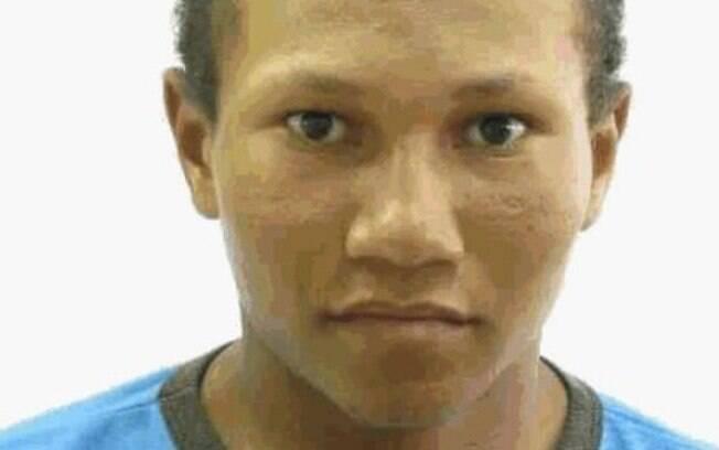 Elison Santos, de 19 anos, foi linchado após ser retirado da delegacia por populares