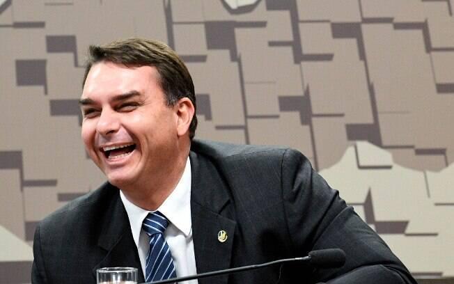 Decisão de Dias Toffoli atende a pedido da defesa do senador Flávio Bolsonaro, filho mais velho do presidente