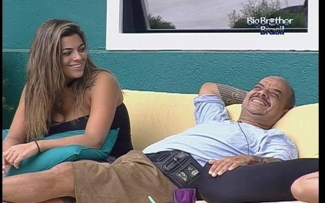 Confinados comparam regras do reality brasileiro com as do reality espanhol
