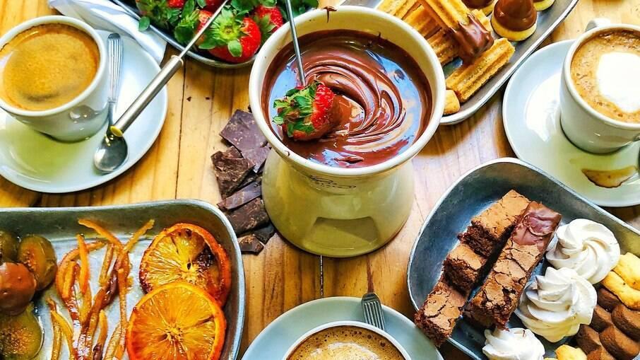 Inverno e fondue são o par perfeito