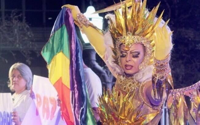 Helloa Meirelles vai apresentar a parada LGBT de Campinas