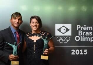 Isaquias e Ana Marcela são eleitos os melhores do ano em prêmio do COB
