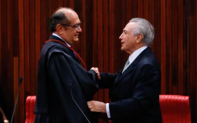 Presidente do Senado alega que encontro entre Michel Temer e Gilmar Mendes fora da agenda tratou da reforma política