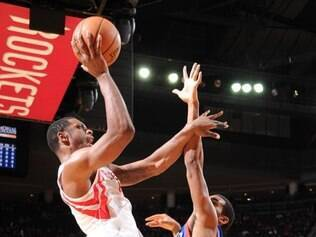 Houston Rockets bateu o time visitante por 120 a 98