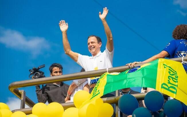 João Doria participou, assim como Bolsonaro, da Marcha para Jesus, em São Paulo, buscando aproximação com cristãos