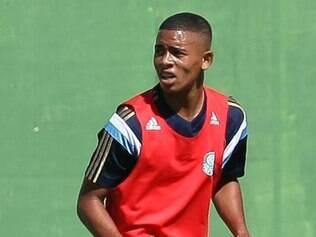 Jovem atacante do Palmeiras ainda não espera ganhar altos salários