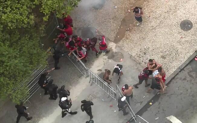 Festa do título do Flamengo terminou em briga