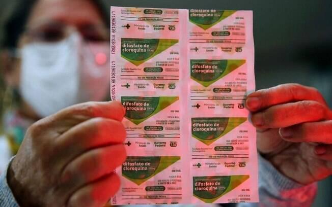 Fala de Bolsonaro sobre conseguir medicamento com receita simples é imprecisa