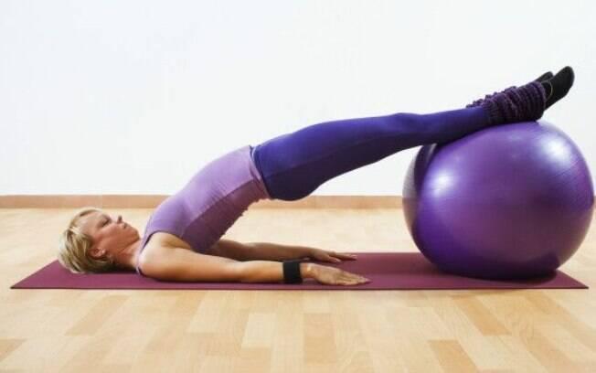 Controla o peso, fortalece a musculatura, melhora o sono e mais: um combo de benefícios