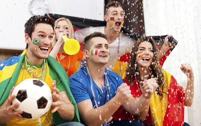 Dia dos Namorados cai no mesmo dia da abertura da Copa do Mundo