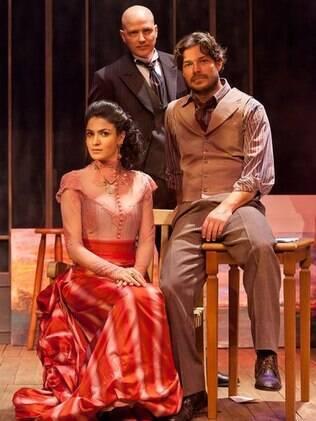 O elenco completo: Maria Manoella, Gianecchini e Erik Marmo