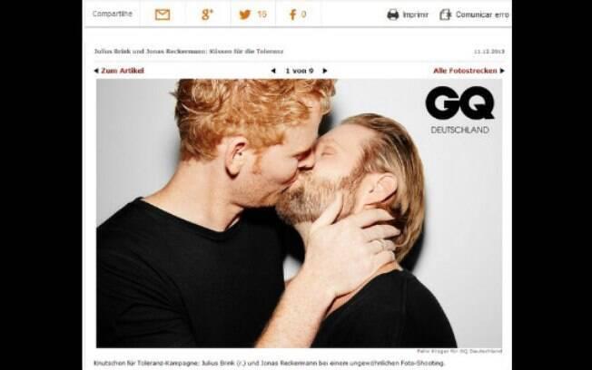 Campeões olímpicos se beijam em campanha contra a homofobia