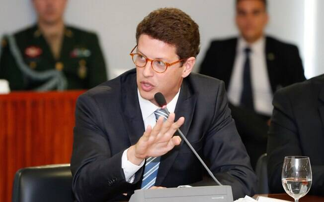 Oito nomeações militares feitas por Salles ao Ibama são questionadas pelo TCU.