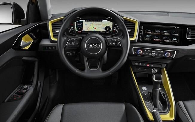 Interior também mudou bastante e agora pode receber detalhes coloridos, dando um aspecto jovial ao carro