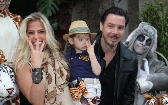 Adriane Galisteu comemora o aniversário de três anos de idade de Vittorio