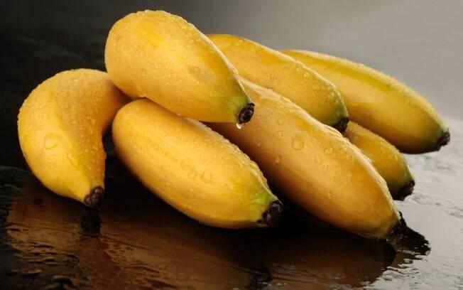 Coma alimentos ricos em potássio, que é um ótimo diminuidor da pressão arterial. Foto: Getty Images