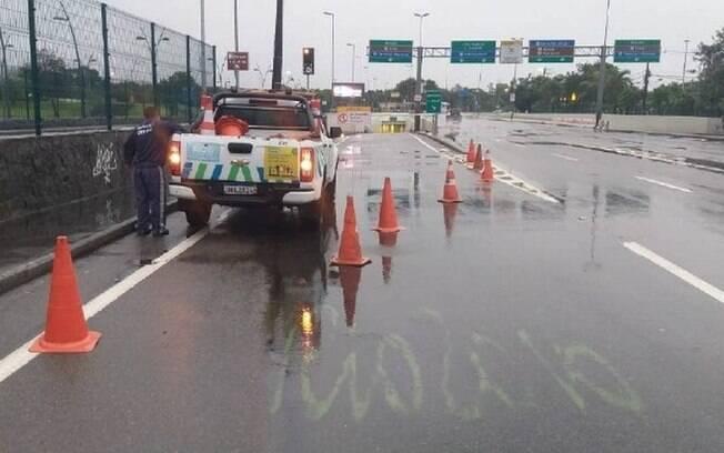 Mergulhão Billy Blanco, na Barra da Tijuca, foi interditado pela CET-Rio