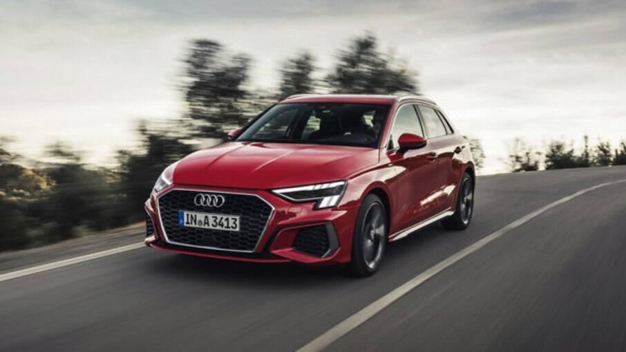 Audi A3 é produzido na Alemanha; primeiras entregas estão previstas para o último trimestre de 2021