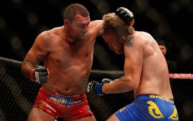 Maurício Shogun encarou o sueco Alexander  Gustafsson no UFC on FOX, na madrugada de sábado