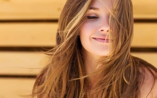 Agora que você já sabe que pode lavar o cabelo todo dia, confira algumas dicas para mantê-lo forte, saudável e bonito