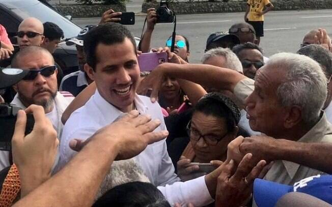 Juan Guaidó comentou atitude do governo norte-americano e apontou que país está ao lado da Venezuela
