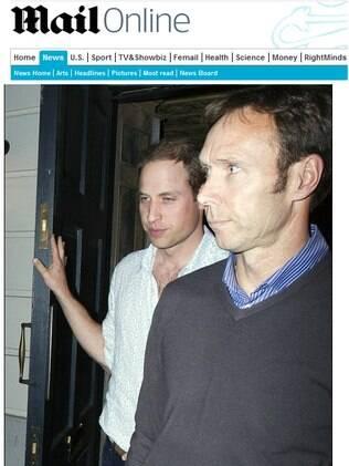 Príncipe William deixa clube privado em Londres na noite desse sábado (09)