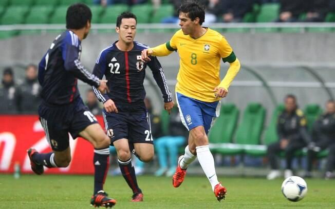 1a303bd33d Foto  Mowa Press. Kaká estava em campo. Esse foi o segundo jogo na sua  volta à seleção brasileira