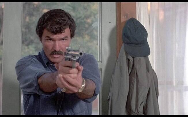 Burt Reynolds morre aos 82 anos após uma parada cardíaca em um hospital na Flórida, nos  Estados Unidos