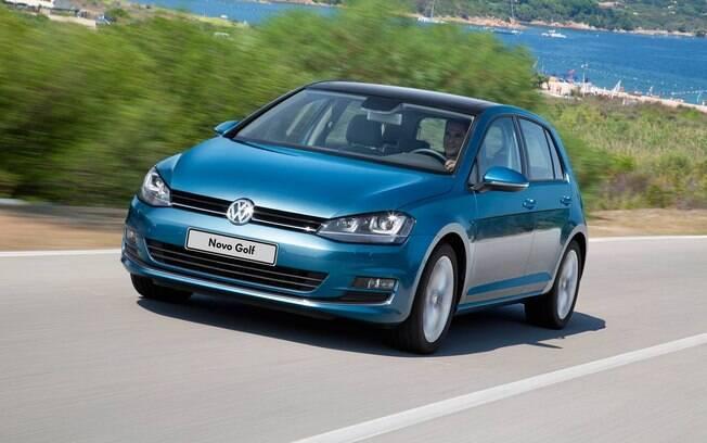 O VW Golf MK7 chegou ao Brasil importado da Alemanha. Em seguida, veio do México, antes de ser nacionalizado no Paraná