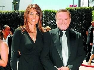 Esposa. Robin Williams posa com sua terceira esposa, Susan Schneider, em 2013