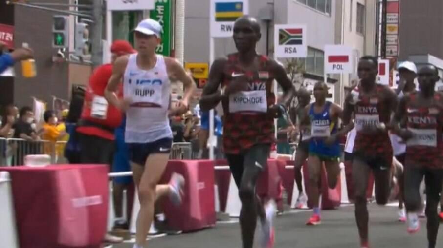 Eliud Kipchoge é bicampeão olímpico da maratona