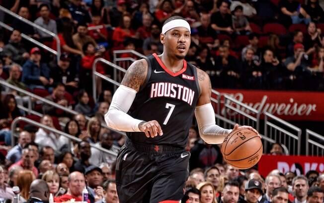 Carmelo Anthony em quadra pelo Houston Rockets