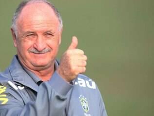 Felipão anuncia convocação da seleção brasileira para a Copa do Mundo nesta quarta