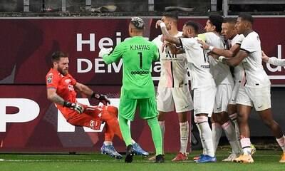 Técnico do Metz critica Mbappé: 'Ganharia mais se fosse humilde'