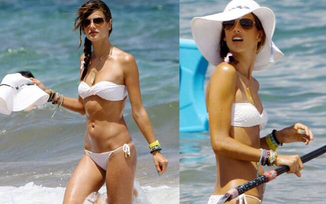 Alessandra Ambrosio curte as férias no Havaí