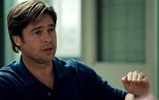"""Falou demais! Brad Pitt tem discurso interrompido por juíza: """"termine logo"""""""