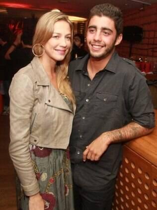Luana Piovani com o marido Pedro Viana