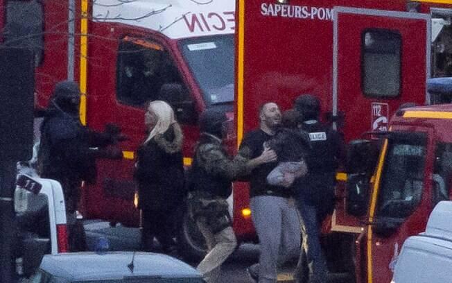 Um policial também foi morto no ataque em Montrouge. Foto: AP