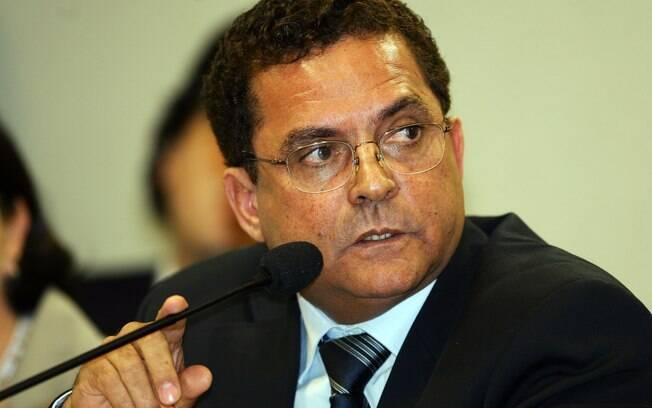 Empresário Ronan Maria Pinto e o ex-secretário-geral do PT Silvio Pereira foram presos