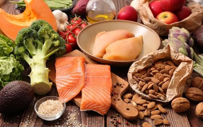 Seis dicas para ter uma dieta mais saudável e aproveitar o máximo dos alimentos