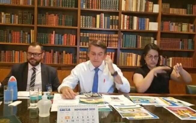 Bolsonaro diz querer um sistema eleitoral mais confiável para 2022