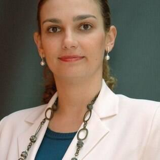 Adriana Galvão da OAB aponta incoerência nas regras da Anvisa sobre doação de sangue