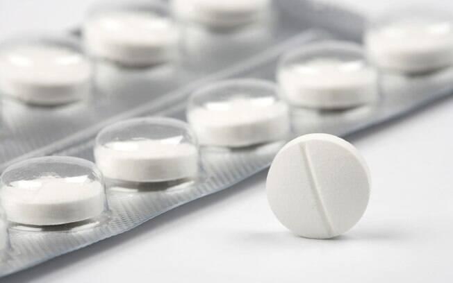 Ácido acetilsalicílico é um remédio comum e de venda livre, mas cientistas alertam que não é qualquer um que deve tomar, já que ele pode causar efeitos colaterais quando não for bem indicado