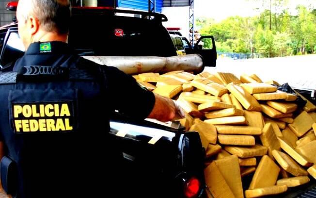 Investigações da Polícia Federal tiveram início a partir de cargas de cocaína apreendidas em Santos e na Rússia