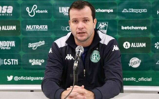 Técnico do Guarani elogia atuação e comemora vitória