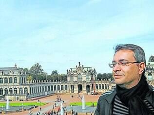 """Autor do livro """"A Vida Suspensa"""", Fábio Figueiredo Camargo"""