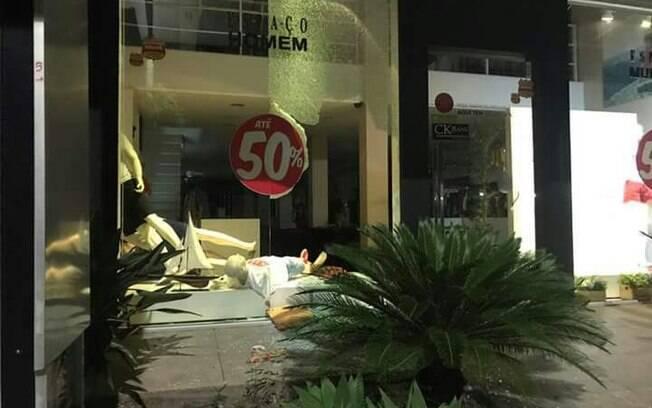 Lojas foram saqueadas nos últimos dias nas cidades do Espírito Santo em meio à violência