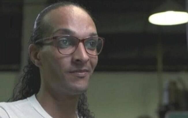 Suzy de Oliveira, detenda trans abraça por Drauzio Varella