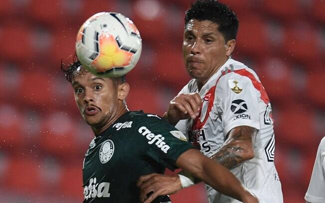 Palmeiras venceu o River Plate por 3x0 no jogo de ida da semifinal da Libertadores